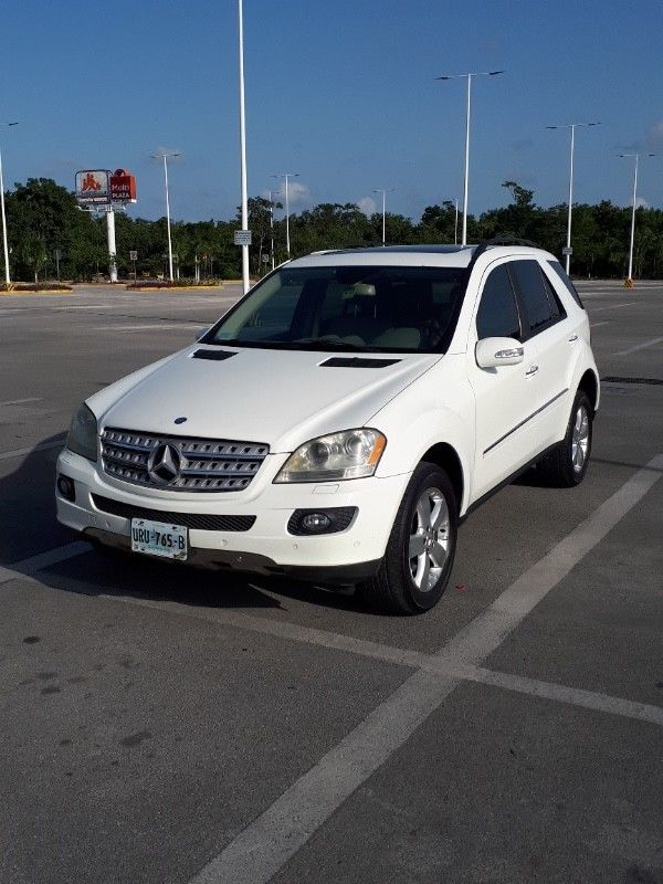 Mercedes Benz ML500 4Matic